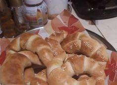 Soha többet nem megyek pékségbe! Életem első kifli sütése! Kelesztés nélkül! Hot Dog Buns, Hot Dogs, French Toast, Bread, Breakfast, Food, Morning Coffee, Breads, Bakeries