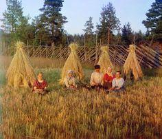 20 Beautiful Color Photos Of Tsarist Russians