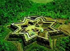 The Manjarabad fort is located just outside of Sakleshpura, Hassan District, Karnataka, India. The fort is reputed to have been constructed by Tippu Sultan – ruler of Mysore Types and History of Castles - Star Forts Star Fort, Castle Parts, Castle Pictures, Famous Castles, Fortification, Medieval Castle, Ancient Architecture, Old Buildings, Places To Go