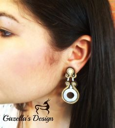 Sand.. Purchase info gazellasdesign@gmail.com or or visit www.poshmark.com/closet/gazellasdesign #soutache #earrings #elegantearrings #elegance #fashionpolis #texasfashion #madeforyou #handmade #handmadeset #accesoriesshop #custommade #jewelry #texas #houstongram #getyours #trendingnow #jewelryset #onlineshopping #onlinestore #shophouston @gazellasdesign