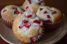 Strawberry Cheesecake Muffin...not really, but this link includes other muffins that look good