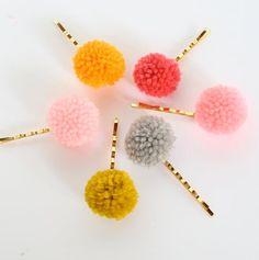 Two Gold Plated Pom Pom Bobby Pins- Set Of two Pom Pom Headband, Fur Pom Pom, Diy Pompon, Wool Dolls, Pom Pom Crafts, Barrettes, Diy Hair Accessories, Bijoux Diy, Baby Headbands
