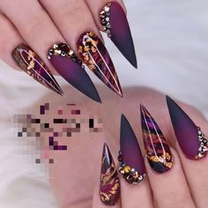 80 Pretty Winter Nails Matte Color For Long Nail Art Designs Best Acrylic Nails, Acrylic Nail Designs, Nail Art Designs, Nails Design, Best Nail Designs, Acrylic Set, Matte Black Nails, Black Nail Art, Gold Stiletto Nails