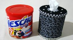 Using toilet paper and a normal metal can. Much cheaper than regular paper handkerchiefs Tin Can Crafts, Diy And Crafts, Craft Paper Storage, Pot A Crayon, Aluminum Cans, Recycled Crafts, Tissue Boxes, Diy Projects To Try, Pots
