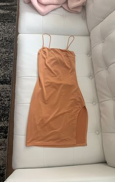 Short orange dress with slit, like new Aesthetic Girl, Aesthetic Songs, Cute Crush Quotes, School Looks, Fake Photo, Slit Dress, Girl Photography Poses, Orange Dress, Cute Casual Outfits