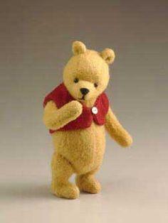 Winnie the Pooh....I want him!