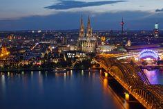 Skyline Köln bei Nacht