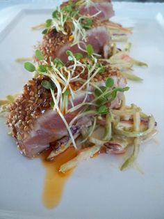 Seared Albacore Tuna On Wasabi Slaw with Bean Sprouts and Asian Sesame dressing- will make with mama this summer!