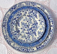 I love blue transfer ware or blue and white dishes in general! Blue And White China, Love Blue, Blue China, Blue Dishes, White Dishes, Devon, Blue Plates, White Plates, China Patterns