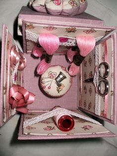 explosion box...... Okay, this is it, perfect gift idea to make with any friend's hobby style gifts. DK