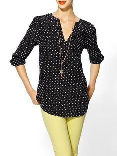 love the poka-dot shirt with the bright jeans