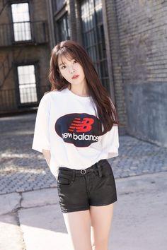 IU 180126 update New Balance Korea 2018 Iu Fashion, Asian Fashion, Cute Korean, Korean Girl, New Balance, Asian Woman, Asian Girl, Iu Twitter, Oppa Gangnam Style