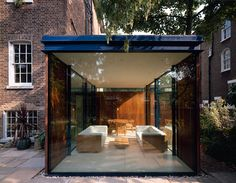 A new extension to a listed house in North London by Simon Conder Associates. House Extension Design, Glass Extension, House Design, Extension Ideas, Townhouse Garden, London Townhouse, Atrium, Backyard Walkway, Glass Room