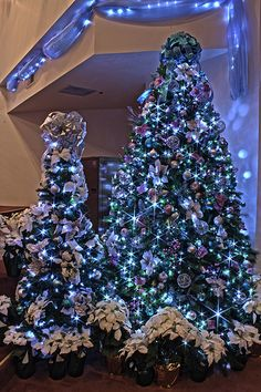 Silver, Purple, and Blue Themed Christmas Tree in LED Lights. Blue Christmas Tree Decorations, Peacock Christmas, Elegant Christmas Trees, Silver Christmas Tree, Purple Christmas, Noel Christmas, Xmas Tree, Christmas Lights, Christmas 2019
