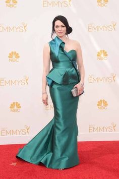 Laura Prepon | All The Red Carpet Looks From The 2014 Emmy Awards