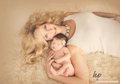 #hollypohlphotography #newbornphotography #babyphotography #familyphotography #milestonephotography #firstyear #maternity #bump