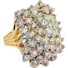 Vintage 9 ct Diamonds Cluster ring in 14 kt Gold