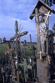 The Hill of Crosses in Siauliai, Lithuania is the national pilgrimage center. Thousands of Crosses have been placed on the hill since the Religious Icons, Religious Art, Old Cemeteries, Graveyards, Last Exile, La Danse Macabre, Religion, Cross Art, Cemetery Art