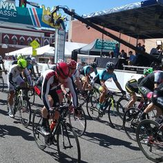 Noble Street Festival is happening now come on down! #sunnykingcrit