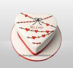 Valentine Cake, Cake Designs, Wedding Anniversary, Cake Decorating, Cupcakes, Couple, My Love, Birthday, Desserts