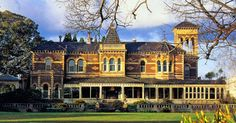 Ripponlea - mansion in Victoria, Australia, built with money from selling soft goods to miners on the colonial gold fields. Melbourne Victoria, Victoria Australia, Great Places, Places To See, Wedding Venues Melbourne, Australian Homes, Australian Vintage, Melbourne Australia, Melbourne Trip