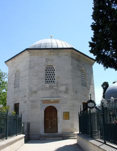 Gülbahar Hatun Türbesi (Tomb), İstanbul. Historical Architecture, Art And Architecture, Eastern Europe, Islamic Art, Muslim, Istanbul, Buildings, Asia, Texture