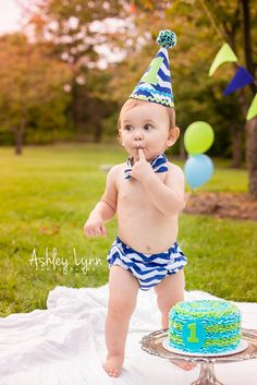 Parma, Ohio| Newborn, baby, child, family photographer. Baby boy, first birthday, outside, smash cake. www.facebook.com/alynnphotographyohio