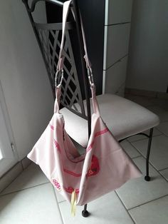 Sac Swing réalisé par Mag'Créations pour une petite fille - Patron de couture Sacôtin