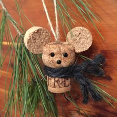 Christmas Mouse Cork Ornament #winecorks