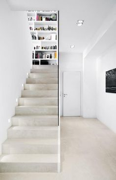 Betontreppe im Neubau? Concrete staircase in the new building? Yes, absolutely – stylish and modern! Interior Staircase, Staircase Remodel, Staircase Design, Contemporary Stairs, Modern Stairs, Stairway Decorating, Loft Decorating, Concrete Staircase, Arquitetura