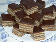 Klasszikus zserbó Tiramisu, Good Food, Dessert Recipes, Candy, Chocolate, Ethnic Recipes, Advent, Christmas, Art