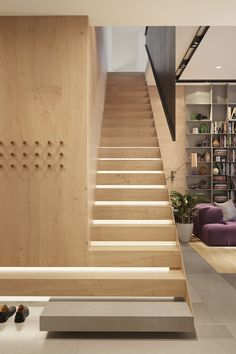 36 Best and Elegant Wooden Stairs In Your House Modern Staircase Elegant House Stairs Wooden Staircase Handrail, Interior Staircase, Stairs Architecture, Staircase Design, Interior Architecture, Staircase Ideas, Interior Design, Staircase Remodel, Staircases