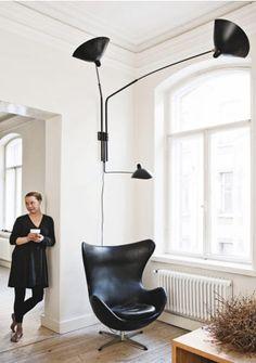 the egg chair designed by arne jacobsen in 1958 for radisson sas hotel in copenhagen arne jacobsen style egg