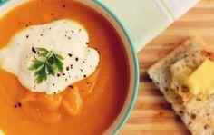 Light and tasty: Κολοκυθόσουπα βελουτέ με γιαούρτι