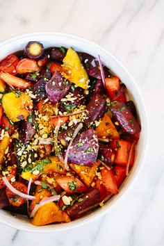 """Heeding advice to """"ear the rainbow"""" this roasted veggie bowl recipe is up on today! Raw Food Recipes, Vegetarian Recipes, Healthy Recipes, Veggie Bowl Recipe, Paleo On A Budget, How To Eat Paleo, Roasted Vegetables, No Cook Meals, Thanksgiving Recipes"""