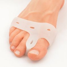 Luxurious Bunion Pad and also Toe Spacer - http://www.bunion-relief.com/deluxe-bunion-pad-and-toe-spacer/