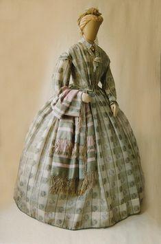 Hopkins8 wool dress circa 1864