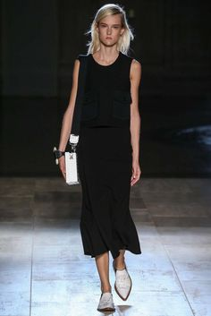 Victoria Beckham Spring 2015 Ready-to-Wear - Collection - Gallery - Look 1 - Style.com
