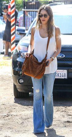 Jessica Alba Rocks in Flare Jeans
