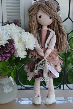 Lisa Dolls Grapevine Wreath, Grape Vines, Lisa, Wreaths, Dolls, Handmade, Home Decor, Baby Dolls, Hand Made