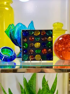Vintage 1960s MID Century Modern Rainbow Art Glass Stone Mosaic MOD Gold Foil Decor Tray Dish Ardco Japan Stone Mosaic, Mosaic Art, Plastic Mesh, Hippie Love, Rainbow Art, Happy Fun, Tray Decor, Flower Vases, Colored Glass