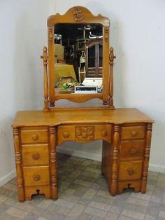 123618761_antique Maple Virginia House Ship Boat Nautical Vanity  · Bedroom  Furniture