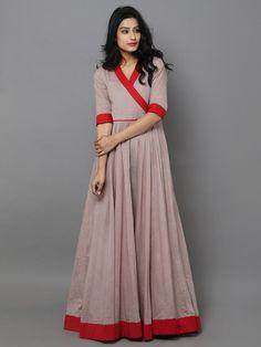 Beige Red Cotton Mul Anarkali Dress – The Loom Kurti Neck Designs, Blouse Designs, Indian Dresses, Indian Outfits, Ikkat Dresses, Indian Attire, Cotton Dresses, Cotton Anarkali Dress, Indian Designer Wear
