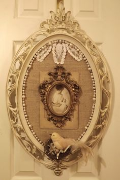 Pretty way to repurpose old frames