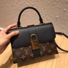 inquiries &Price inf👍 Call- Text or What's app Contact # -- location NYC - USA  Vuitton Bag, Louis Vuitton Shoes, Black Louis Vuitton Backpack, Luxury Purses, Luxury Bags, Purse Necessities, Sacs Design, Louis Vuitton Necklace, Fab Bag