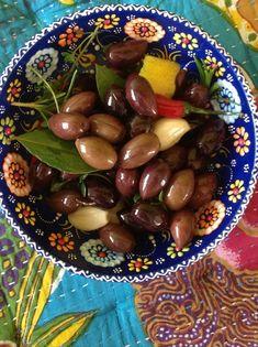 How to Make Marinated Olives Recipe