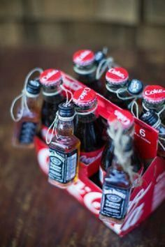 Jack and Coke, Christmas exchange gift idea gift idea . Jack and Coke, Christmas exchange gift idea Gift idea . Diy Gifts For Him, Cute Gifts, Gift Ideas For Guys, Cool Gift Ideas, Homemade Gifts For Men, Homemade Gift Baskets, Gift Suggestions, Fun Ideas, Funny Gifts