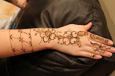 GigMaster's henna artist brought her beautiful designs to this Indian-themed Sweet 16 celebration! Henna Style, Henna Party, Sweet 16 Parties, Sweet 15, Henna Artist, 15th Birthday, Arabian Nights, Tattoo Artists, Party Time