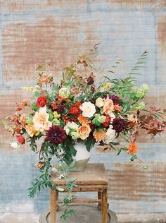 Gardening Autumn - all the beauty things. - With the arrival of rains and falling temperatures autumn is a perfect opportunity to make new plantations Fall Flower Arrangements, Floral Centerpieces, Wedding Centerpieces, Centrepieces, Wedding Decorations, Deco Floral, Arte Floral, Floral Design, Fall Flowers
