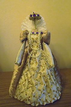 """SPIRIT OF THE VIRGIN QUEEN"" - MINIATURE HISTORICAL COSTUME 